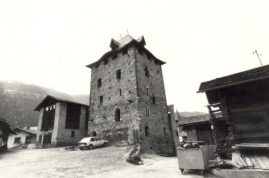 Place de la Tour